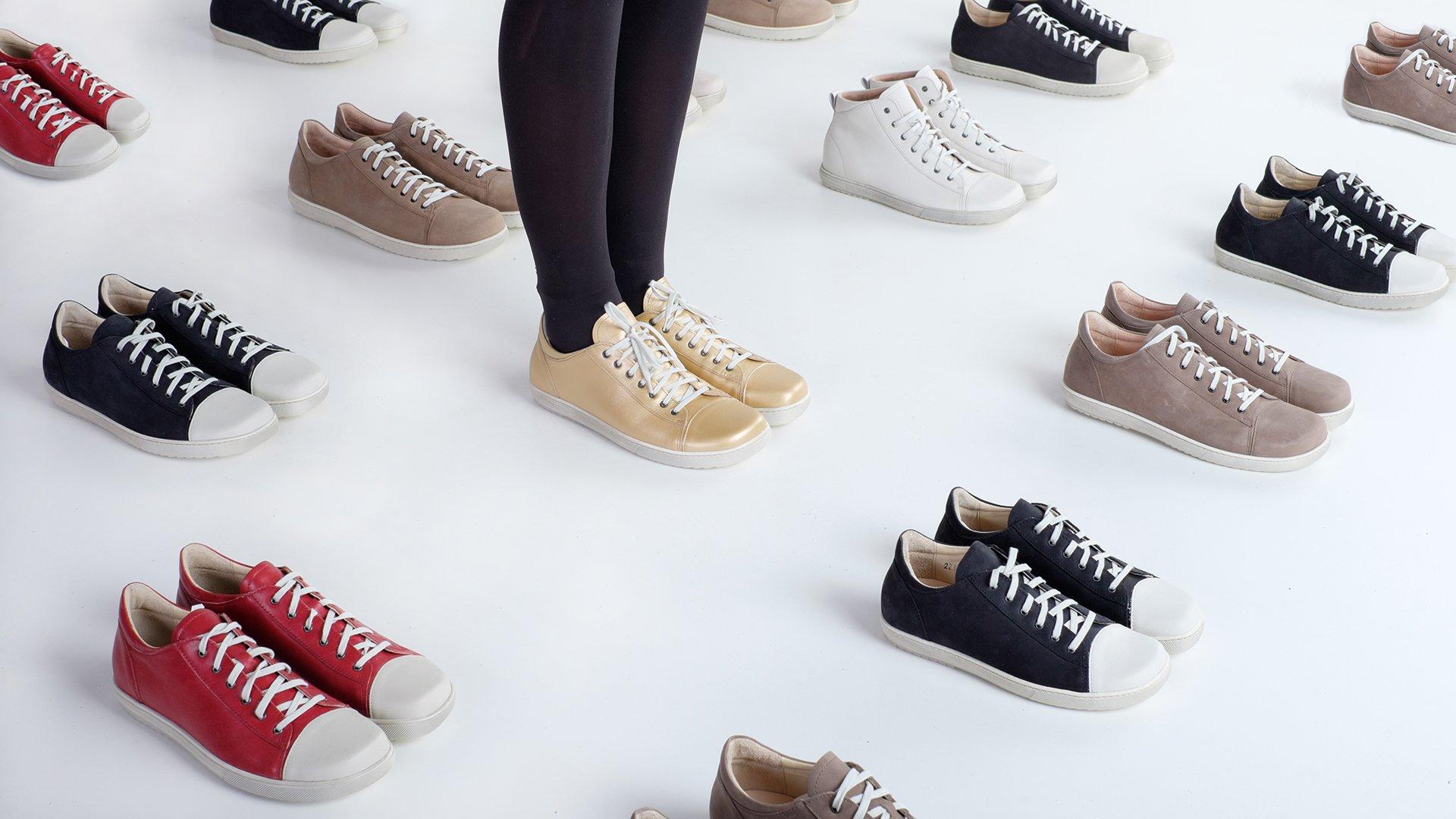 Junge heiß-verkaufender Beamter einzigartiges Design Fair produzierte Schuhe, Taschen und Möbel von GEA ...